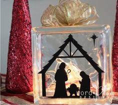 Vinyl nativity on glass block. Sign up for a monthly craft idea-newsletter and special deals:  http://www.wordplaydesigns.net/#!wp-newsletter/c1zmd