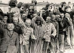 El 27 de enero de 1945 el Ejército soviético abría las puertas del infierno en Auschwitz II-Birkenau. Cerca de 7.000 prisioneros, ...
