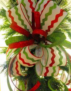 Christmas Wreaths Portfolio - Professional Wreath Designs Christmas Swags, Christmas Ribbon, Holiday Wreaths, Christmas Diy, Christmas Decorations, Winter Wreaths, Outdoor Decorations, Holiday Decorating, Christmas Ornaments