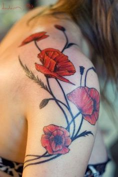 Poppy Women Shoulder Tattoo Designs with Rose Flowers