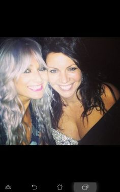 Lou Teasdale and Anne Cox (Harry Styles 's mom) at Brit Awards 2013 Harry Edward Styles, Harry Styles, Louise Teasdale, Anne Cox, Gemma Styles, Cher Lloyd, I Love One Direction, 1d And 5sos, Ex Girlfriends