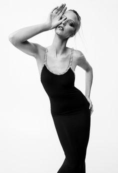 Alexandre Vauthier, Fashion Show Collection, Couture Collection, Fashion Beauty, Runway Fashion, Fashion Trends, Paris Fashion, Fashion Styles, Vogue Paris