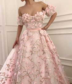 Elegant Lace Embroidery Organza And Tulle Long Off The Shoulder Evening Dresses Blush Pink Prom Dress For Formal Occasions - Best ideas Elegant Dresses, Pretty Dresses, Formal Dresses, Amazing Prom Dresses, Blush Pink Prom Dresses, Prom Dresses Flowers, Pink Prom Shoes, Pastel Prom Dress, Wedding Dresses