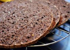 BLAT DE TORT CU CACAO SI ALUNE Bread, Desserts, Food, Postres, Deserts, Breads, Hoods, Meals, Dessert