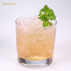 Clinton Kelly's Jingle Bell #Julep #cocktail #TheChew