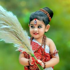 Some Cute Indian Baby Girls 15 Images - My Baby Smiles. Some cute and pretty baby girls images can see here. also can see more other baby images. Baby Girl Images, Baby Girl Pictures, Baby Boy Photos, Baby Fancy Dress, Cute Baby Dresses, Durga Puja Wallpaper, Durga Kali, Shiva, Krishna