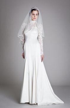 5 Vintage Wedding Dresses Perfect for Autumn Brides