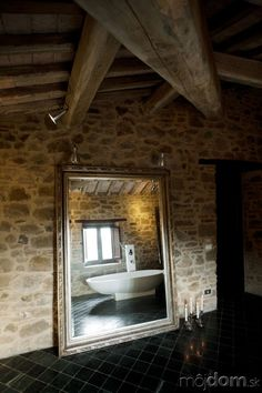 House: Traditional Bathroom Design With Large Mirror Furniture And White Freestanding Bathtub Design Above Bathroom Tiles: Unique Italian Old House Design with Large Field Rustic Italian, Italian Home, Classic Italian, Old House Design, Sun House, Under The Tuscan Sun, Rustic Stone, Weekend House, Country Interior