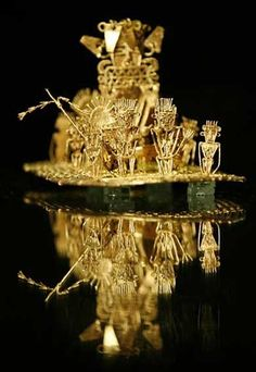 Museo del oro en bogotá ~ Gold Museum in Bogotá; The Legend of El Dorado and the renowned Muisca Raft that stages the pinnacle of Indian rites on the waters of Guatavita. Colombia South America, Latin America, Beautiful Sites, The Beautiful Country, Colombian Art, Byzantine Gold, Bolivia, Colombia Travel, Equador
