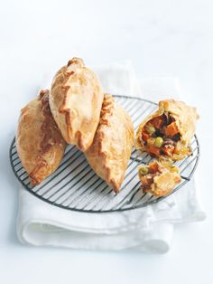 Yummo- favourite at our house -roast vegetable pasties. Vegetable Pasties, Vegetable Pie, Vegetable Recipes, Vegetarian Pasties, Vegetarian Cooking, Vegetarian Recipes, Shortcrust Pastry, Savory Pastry, Donna Hay Recipes