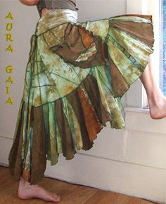 Wasabi wth Bronze...AuraGaia Corset Back Overdyed Poorgirl's Skirt; on eBay:http://cgi.ebay.com/ws/eBayISAPI.dll?ViewItem&item=361000378433#ht_3066wt_1034