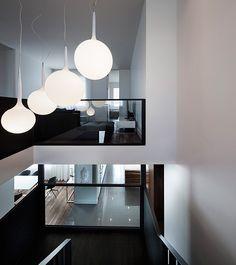Elegante casa familiar en Montreal |firmada por Atelier Moderno