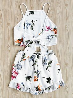 SweatyRocks Women's 2 Piece Boho Floral Print Crop Cami Top with Shorts Set Girls Fashion Clothes, Teen Fashion Outfits, Outfits For Teens, Girl Fashion, Clothes For Women, Cute Summer Outfits, Cute Casual Outfits, Pretty Outfits, Barbie Mode