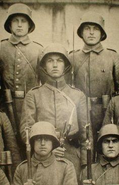 WWI. German soldiers.