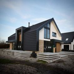 House Design 38 Awesome Small Contemporary House Designs Ideas To Try Modern Barn House, Modern House Design, Contemporary Architecture, Interior Architecture, Small Contemporary House Plans, Exterior Design, Home Fashion, Future House, Building A House