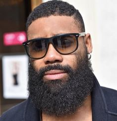 Hope everyone had a good weekend. Here's some #Beard inspiration from @lebvrbu to help get your week started #ScotchPorter #MensGrooming #Style by scotchporter