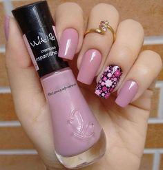 Muito linda! Se gostou compartilhe e comente! 💅💟SIGA A GENTE @unhasdecoradaspassopasso . . #unhasdecoradas #unhasdecoradasamão #unhaslindas… Pink Nail Colors, Pink Nails, Cute Nails, Pretty Nails, Nail Manicure, Nail Polish, Nail Art Designs, Nail Candy, Girls Nails