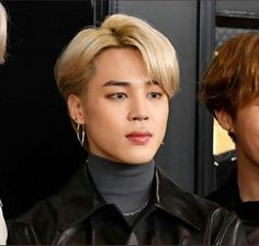 """""""jimin's natural hair color; a thread"""" Foto Bts, Bts Photo, Jikook, Jimin Hair, Blonde Hair Jimin, Hair Icon, Bts Aesthetic Pictures, Bts Pictures, Bts Taehyung"""