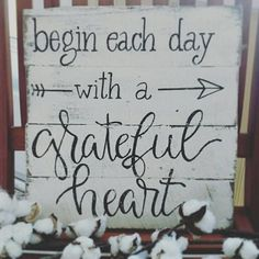This beautifully rustic wood sign is made completely of reclaimed wood and is hand lettered. It has the saying begin each day with a grateful heart in black lettering with a white distressed background for a perfect farmhouse feel. The arrow accent adds a cute touch. Measures #woodworkcrafts