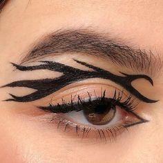 Punk Makeup, Edgy Makeup, Makeup Eye Looks, Grunge Makeup, Eye Makeup Art, No Eyeliner Makeup, Makeup Inspo, Makeup Inspiration, Eyeliner Ideas