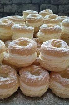 Pastry Recipes, Cake Recipes, Dessert Recipes, Sweet Desserts, Sweet Recipes, Italian Cream Cakes, Czech Recipes, Egg Recipes For Breakfast, Smoothie Recipes