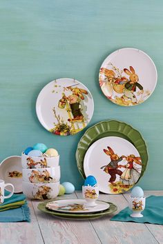 Perfect for spring celebrations, our festive Nestler Collection features classic and timeless illustrations created by Marianne Dreschel for the Nestler publishing house in Germany. >> #WorldMarket Easter Entertaining
