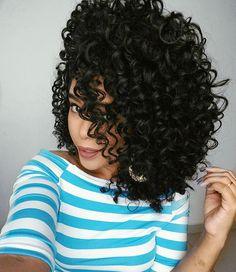 Boa noite #cacheadasdoinstagram #cachos #todecacho #cabeloscacheados #cabeloscrespos #hair #curlyhair Curly Hair Tips, Curly Hair Care, Curly Hair Styles, Natural Hair Styles, Curly Hair Problems, Crimped Hair, Pelo Afro, Afro Hairstyles, Big Hair