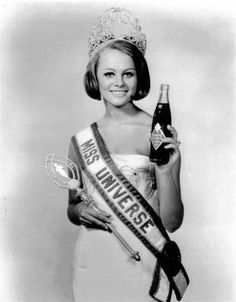 1966 Miss Universe - Margareta Arb Arvidsson of Göteborg, Sweden.