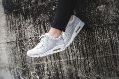 Nike - WMNS Air Max 90 Pinnacle (grau / weiß) - 839612-005