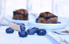 Paleo Heidelbeer-Muffins Das Rezept findet ihr auf www.lulia.at Blueberry, Paleo, Fruit, Food, Cake Cookies, Recipes, Blueberries, Meal, The Fruit