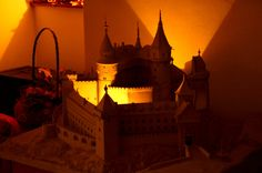 Bojnický svetlonos na zámku #bojnicecastle #bojnice #castle #vtieniveze #history #music #muzikal #snm