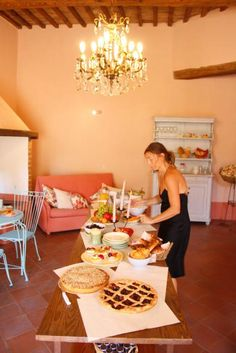"You can taste local homemade cakes...do not miss ""la torta della nonna"" or jam tarts!   http://www.loggiato.it/"