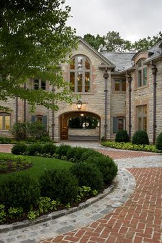 tall round window w/brick design Mountain Home Exterior, Dream House Exterior, Cute House, My House, Porte Cochere, French Mansion, Villa, Property Design, Mansions Homes