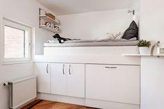 moderne Hochbett für Erwachsene -stauraum-unten-schraenke