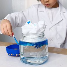 3 Weather In A Jar Science Experiments For Kids. - - 3 Weather In A Jar Science Experiments For Kids. Kids Learn 3 Weather In A Jar Science Experiments For Kids. Find out how to make a Raincloud in a Jar, Snowstorm in a Jar, and Tornado in a Jar. Science Projects For Kids, Science Activities For Kids, Stem Projects, Science Games, Science Ideas, Science Project Video, Kindergarten Science Experiments, Science Videos For Kids, Science Centers