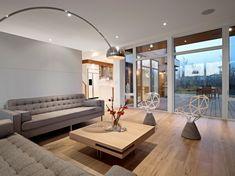 salón con luces led integradas en el techo