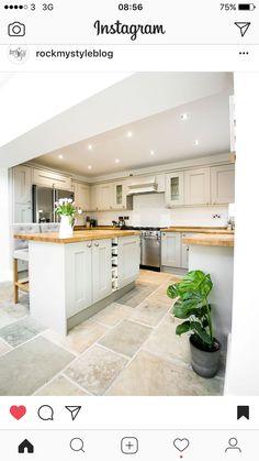 Shaker Kitchen - Image By Alex De Palma Kitchen Interior Kitchen Inspiration Stone Flooring, Kitchen Flooring, Flooring Ideas, Kitchen Cabinets, Kitchen Island, White Flooring, Narrow Kitchen, Kitchen Drawers, Kitchen Small