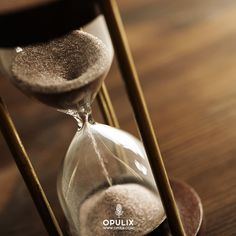 Me gustaría compartir contigo mi concepto de eternidad, pero antes debo advertirte que, si aceptas mi enfoque y lo haces tuyo, cambiará para siempre la perspectiva con la que percibes eso llamado tiempo y a partir de ese instante y para siempre, nada será igual.