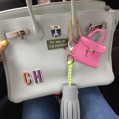Morning My pimped out bag #myeayorthehighway When @delvaux meets #hermes meets #anjahindmarch meets #bycamelia Have a fabulous day!