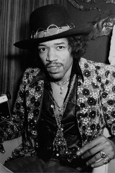 Jimi Hendrix | See more Black and White Photography at https://www.1stdibs.com/art/photography/black-white-photography on 1stdibs