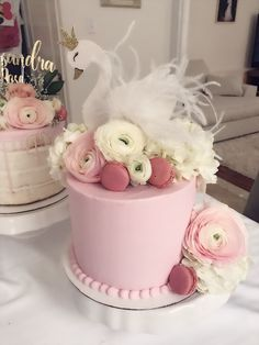 Baby Girl Birthday Theme, Baby First Birthday Cake, Ballerina Cakes, Cinderella Birthday, Girl Baby Shower Decorations, Swan Lake, Baby Shower Parties, Christening, Cake Decorating