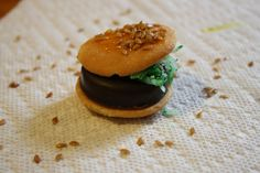 Mini burgers for April Fool's Day - a fun, tiny treat to make with your children that really looks like a small hamburger.