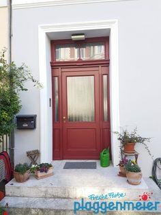 Auch diese Tür ist ein Highlight und passt perfekt in die Gründerzeit-Fassade in Bremen. Arno, Main Door, Tall Cabinet Storage, Sweet Home, Exterior, Doors, Live, House, Furniture