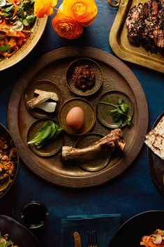 Spice up your seder holiday classics with the Sephardic flavors of saffron, pistachios, lime zest, and more. Macaroon Cookies, Macaroons, Passover Recipes, Pistachios, Middle Eastern Recipes, Brisket, Food Menu, Spice Things Up, Holiday Recipes