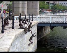 Chong Fah Cheong tarafından yapılmış '' Nehrin İnsanları '' ,Singapur