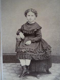 Beautiful Little Girl~Lovely Ruffled Dress~Antique Civil War Era CDV Photo | eBay