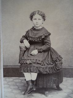 Beautiful Little Girl~Lovely Ruffled Dress~Antique Civil War Era CDV Photo | eBay