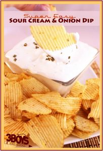 Super Easy Sour Cream and Onion Dip