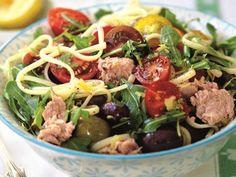 Vardagslyxig pasta med tonfisk och tomater
