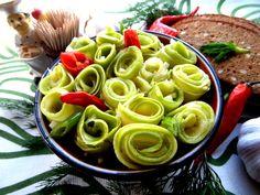 КАБАЧКОВЫЙ БУКЕТ К НАЧАЛУ ВЕСНЫ!  Не просто вкусно, а еще и как эффектно! http://www.koolinar.ru/recipe/view/123362